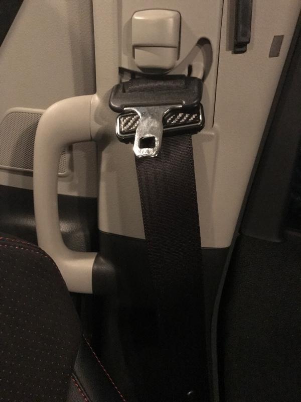 異音を消すためにシートベルトストッパーを使ってみました
