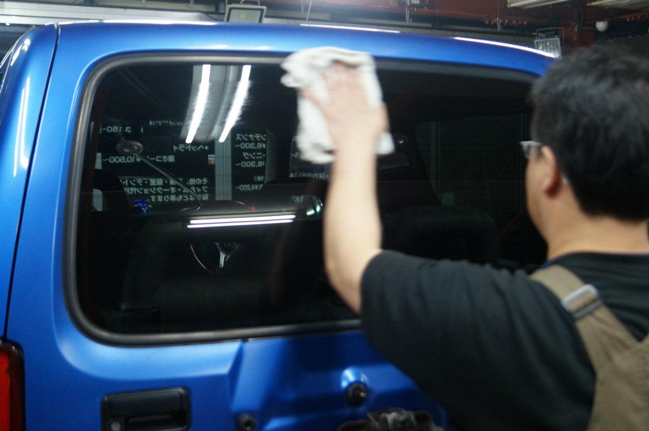 ガラス面を磨き終え洗車後に^^