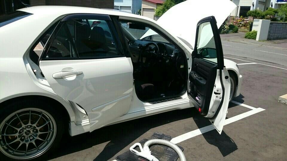 洗車と車内掃除