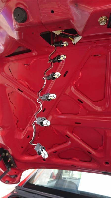 S15 ヴァリエッタ ハイマウントストップランプ LED球へ
