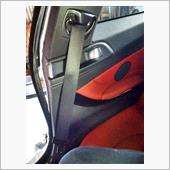M4 GTSシートベルト流用加工の画像