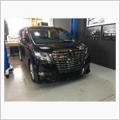 【30アルファード】車高調交換でローダウンの画像