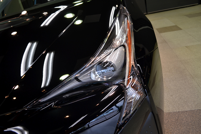トヨタ・プリウスのガラスコーティング【リボルト東京WEST】
