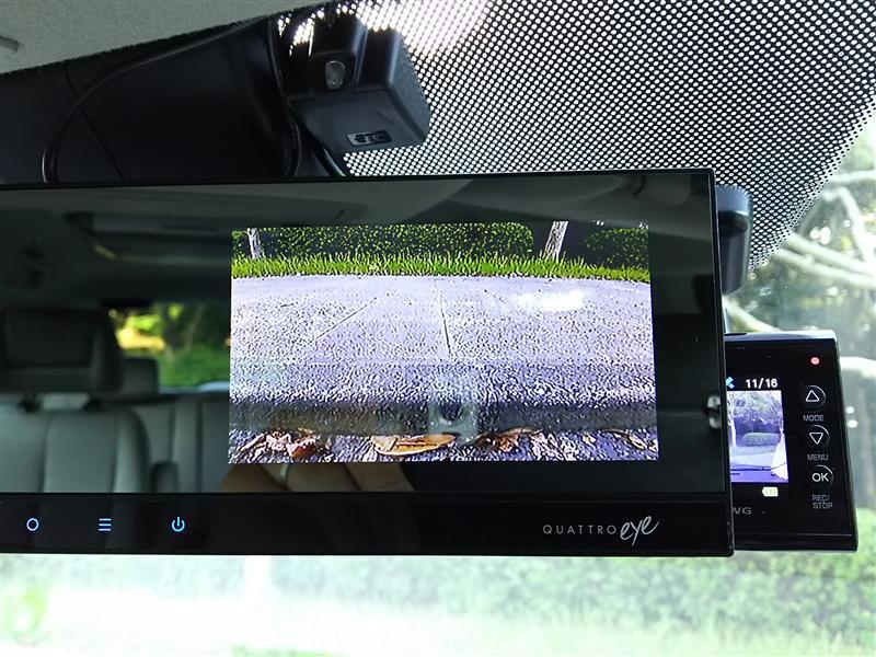 フロントカメラ取付+字光式ナンバーメンテ(2回目)