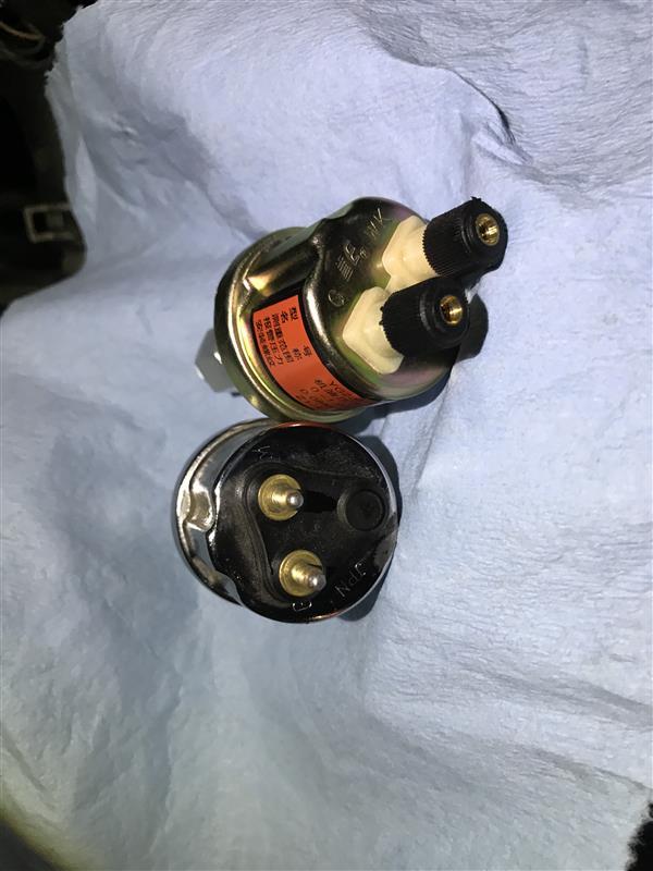無駄骨だった、油圧メーター修理ww