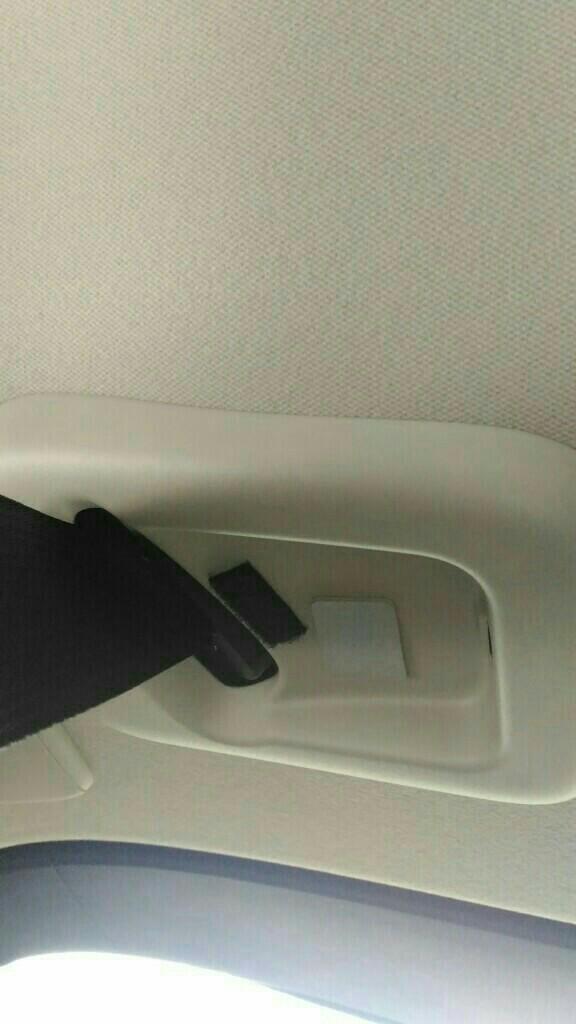 分離収納式シートベルトの脱落