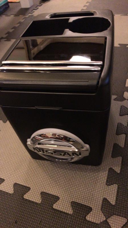 センターコンソールタイプトラッシュボックス高級化電飾カスタム
