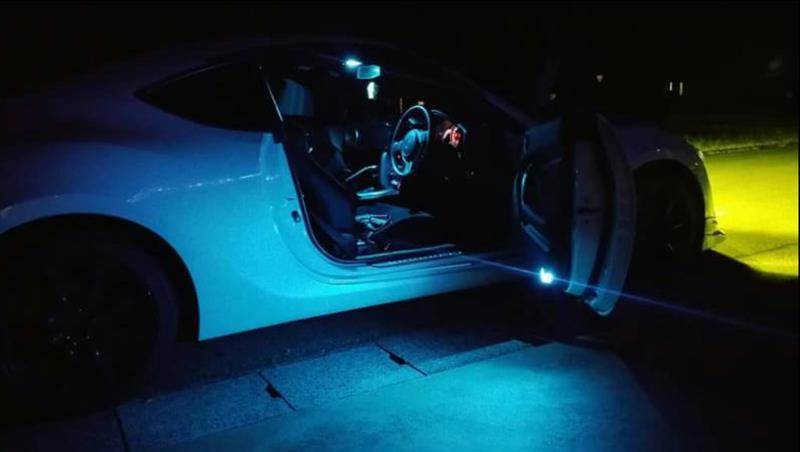 ルームランプ カーテシランプ トランク内ランプの交換