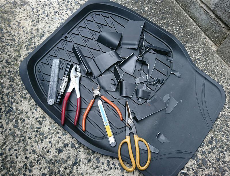 使った工具と残骸。<br /> <br /> お疲れさんでした(*・∀・*)ノ