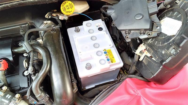 バッテリー交換2回目 (65170km)