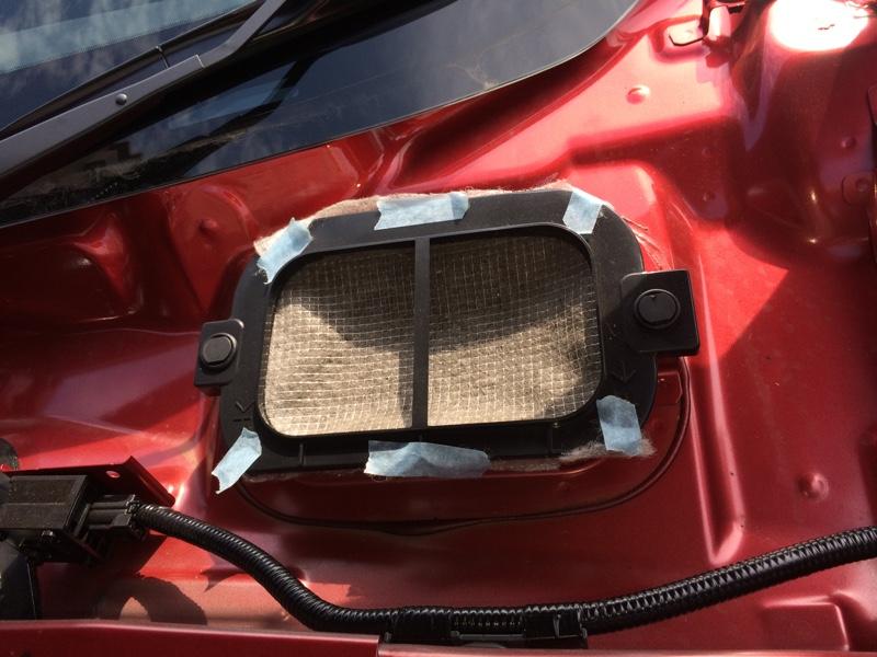 外気導入部/内部循環用フィルター 半年後交換。