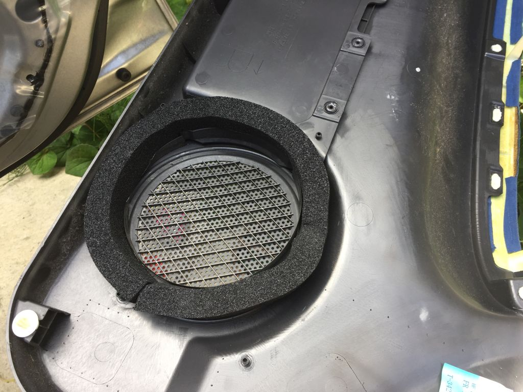 FOCAL ISS 170 取り付け