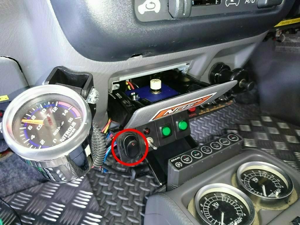 NOSボトルヒーターの配線修理と、e-manage ULTIMATEの配線チェック