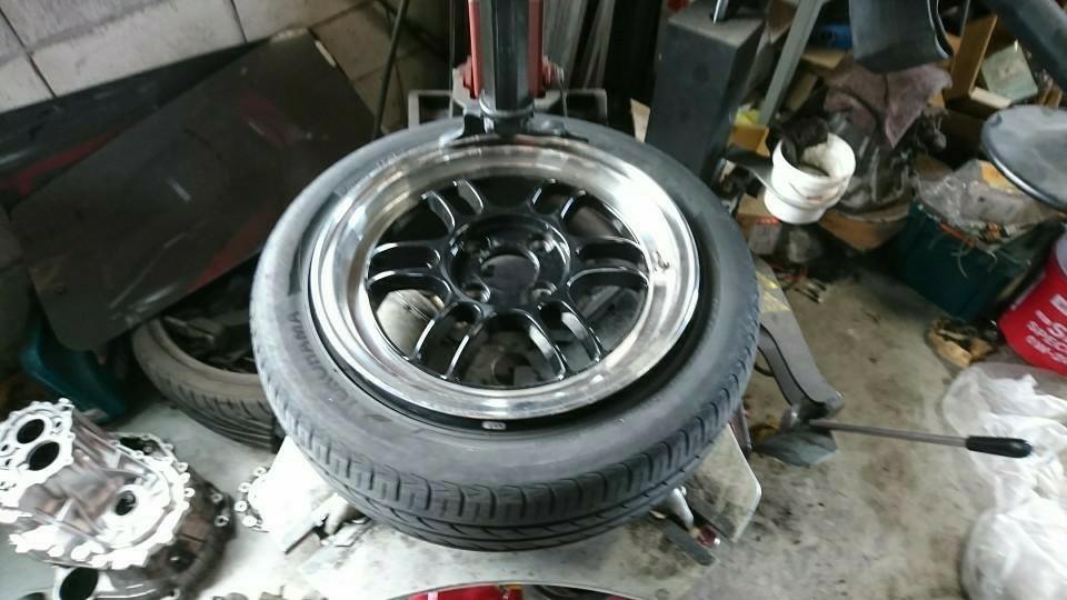ジーノ初新品タイヤ