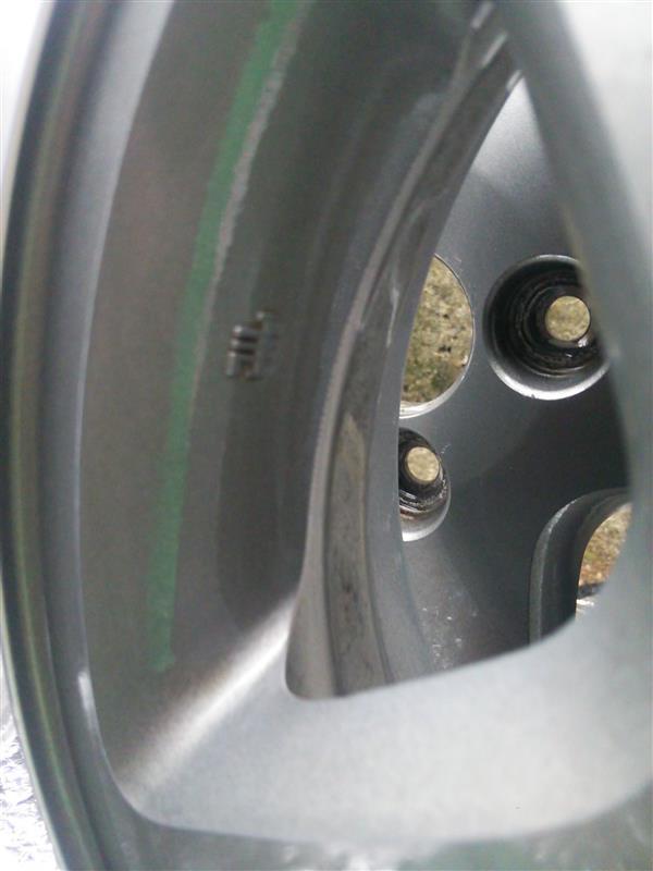 【DA16T キャリー:家族の車】ホイール塗装① ブレーキダスト除去
