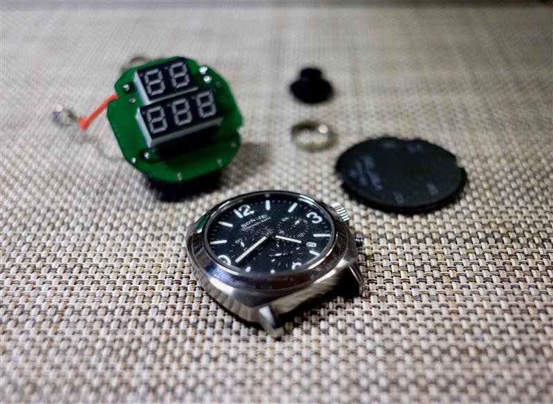 32V電圧計、その後