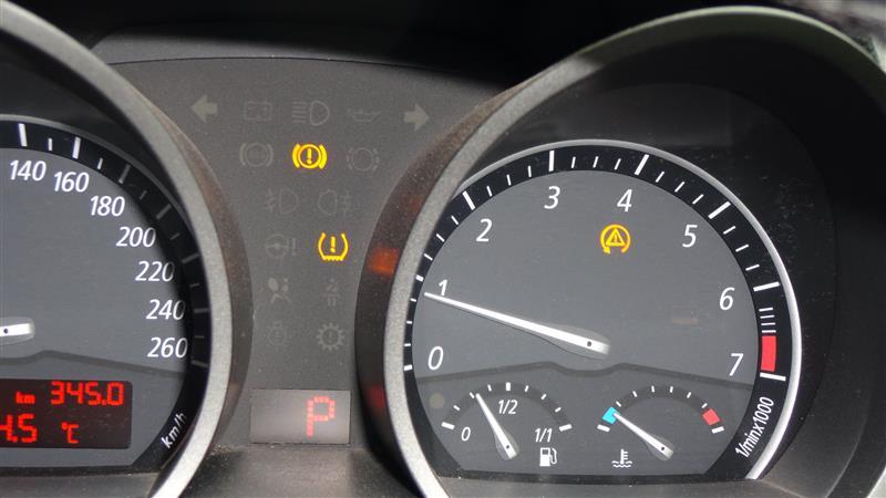 警告灯点灯 Dtc 空気圧 サイドブレーキ Bmw Z4 ロードスター By みつしば みんカラ