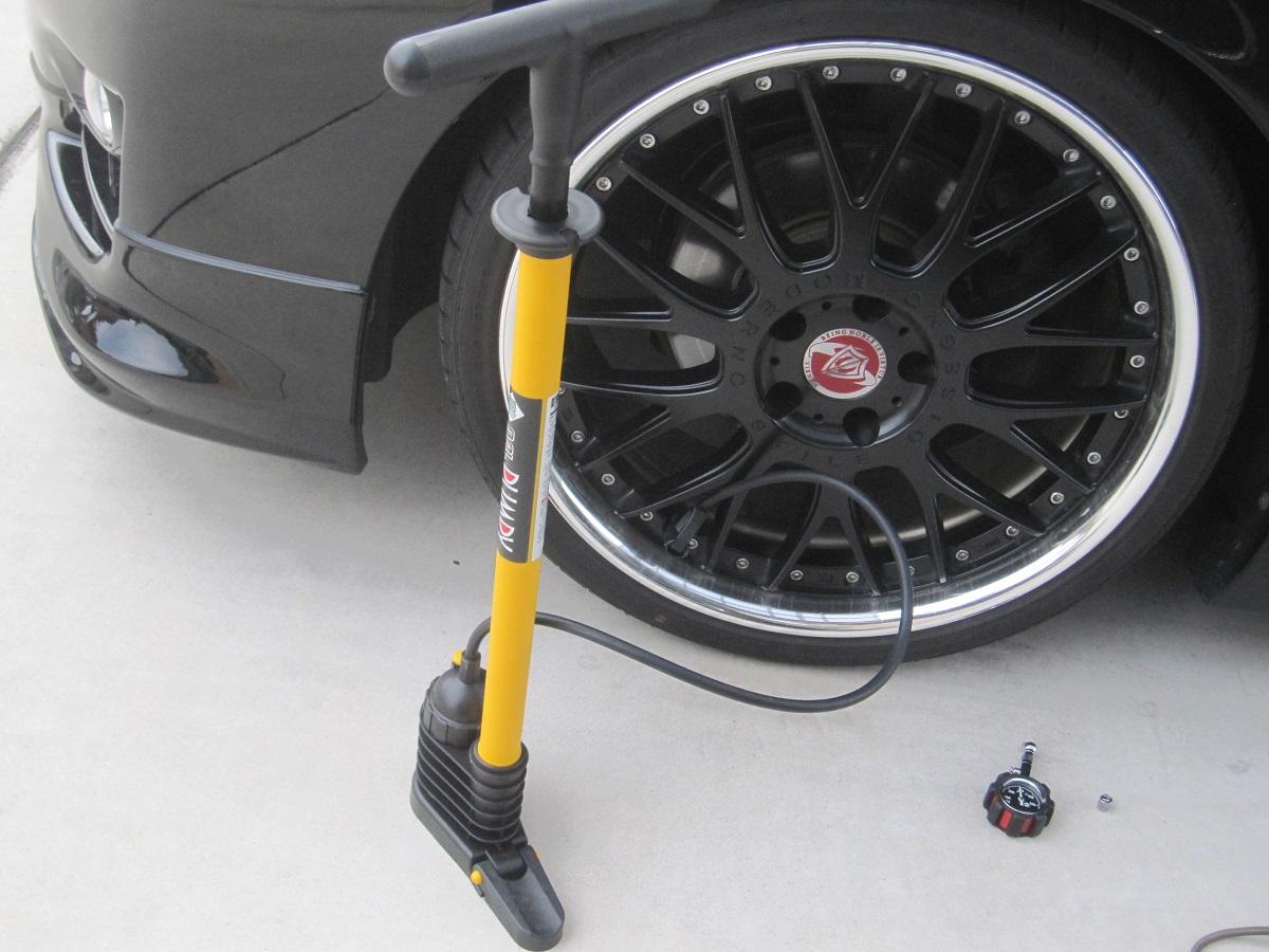 クラウンGRS200系 タイヤ空気圧調整