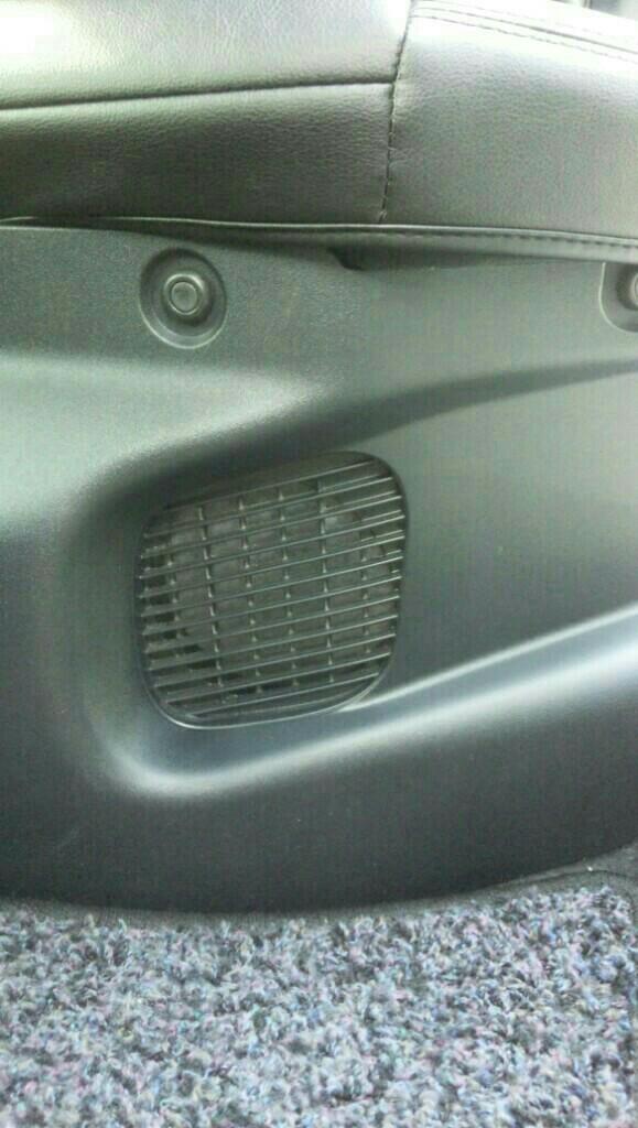 ハイブリッドバッテリー冷却ファンのフィルタ