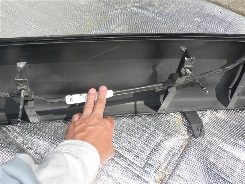 純正リヤバンパー 取り付け部の補修