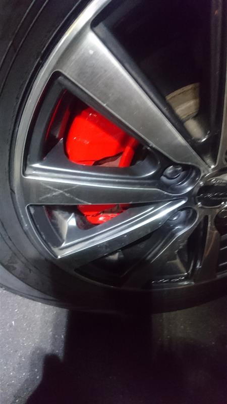 フロントブレーキパッド交換 + 再塗装