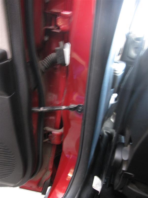 ドア凹み修理でドア交換