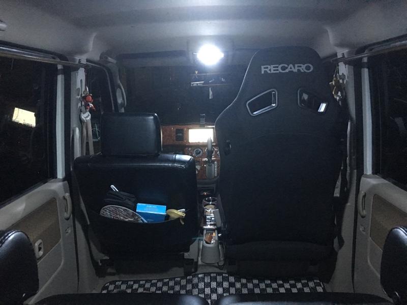 レカロSR7社外シートレール取付