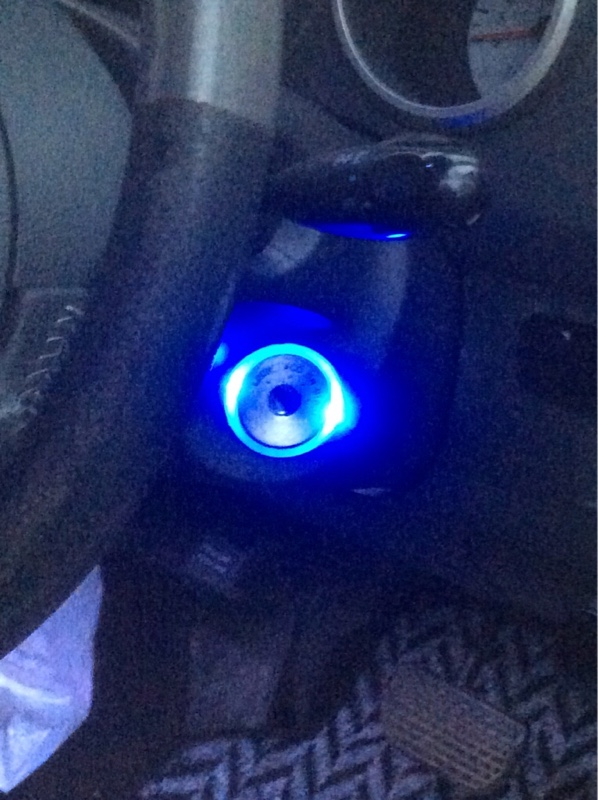 キーシリンダー照明(イルミネーション)と残光ユニットを取り付けた。