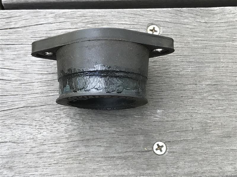 キャブ ラバーインシュレーターひび割れ補修