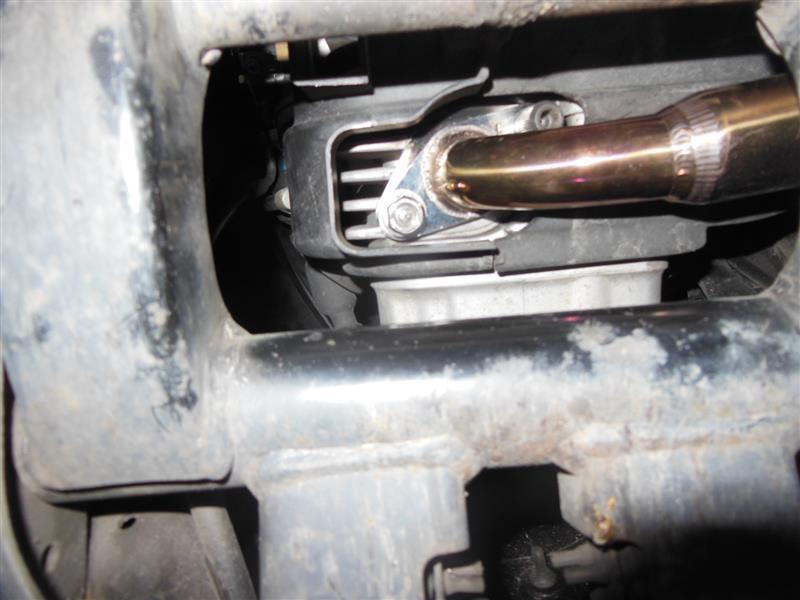 排ガス漏れ 修理