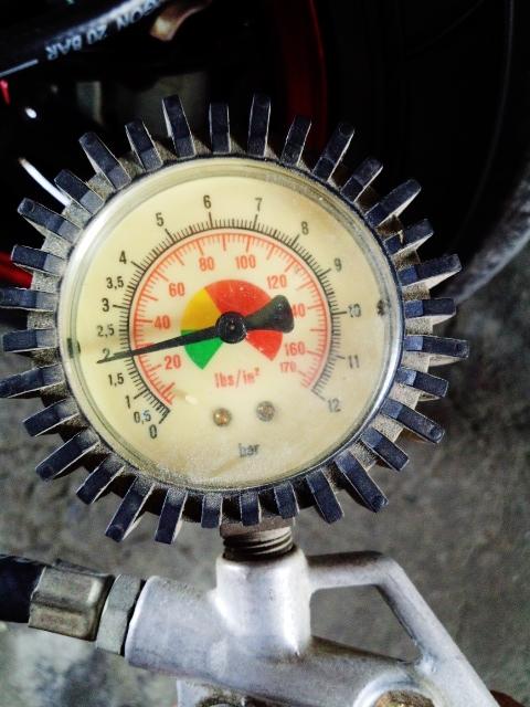 空気圧点検