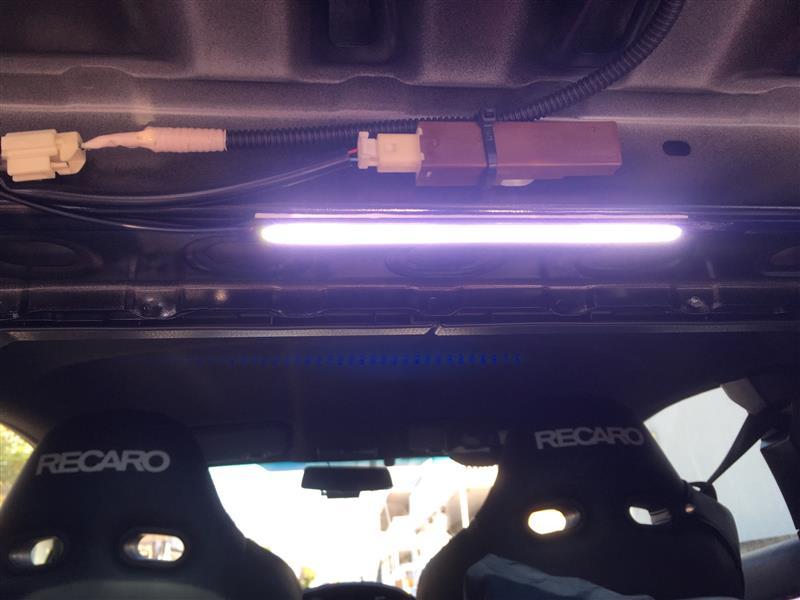 トランク灯+追加灯
