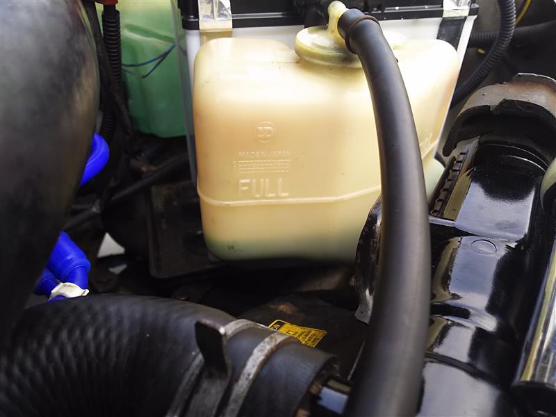ターボ冷却水ホース交換