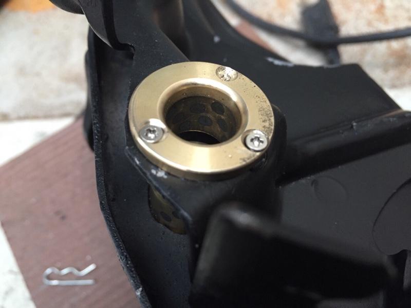 アクセルシャフトのガタ、直しました!