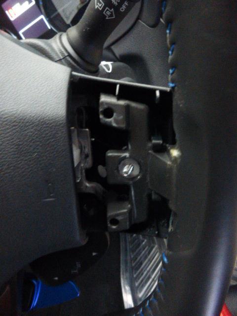STI ステアリングカバー簡単交換