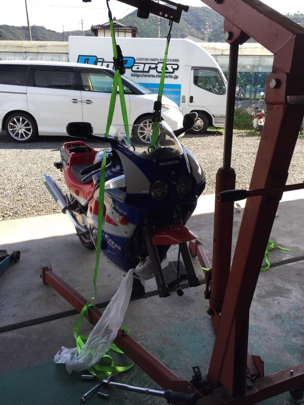 DIABLO ROSSO Ⅱ → SPORTMAX GPR-300へのタイヤ交換