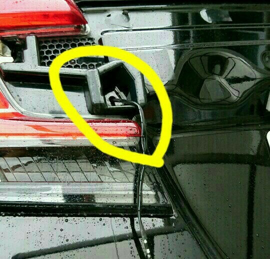 REIZ TRADING 流れるウインカーLEDテープ取付