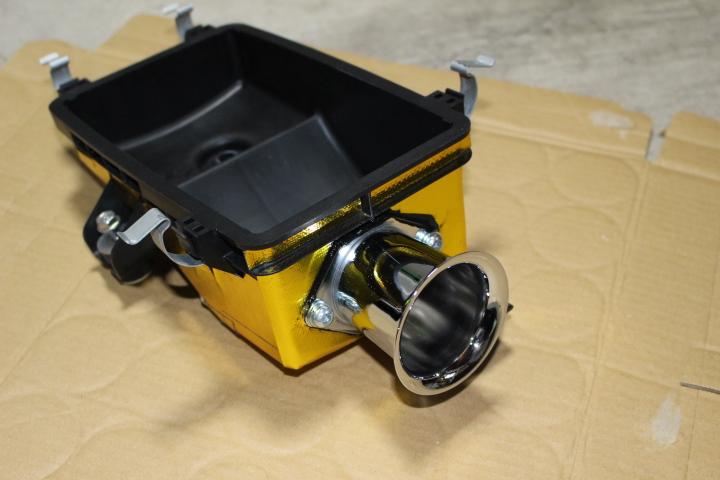 ②純正エアクリーナーボックスにエアーファンネル加工取付