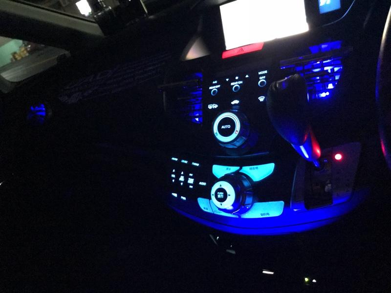 エアコンダクト LED