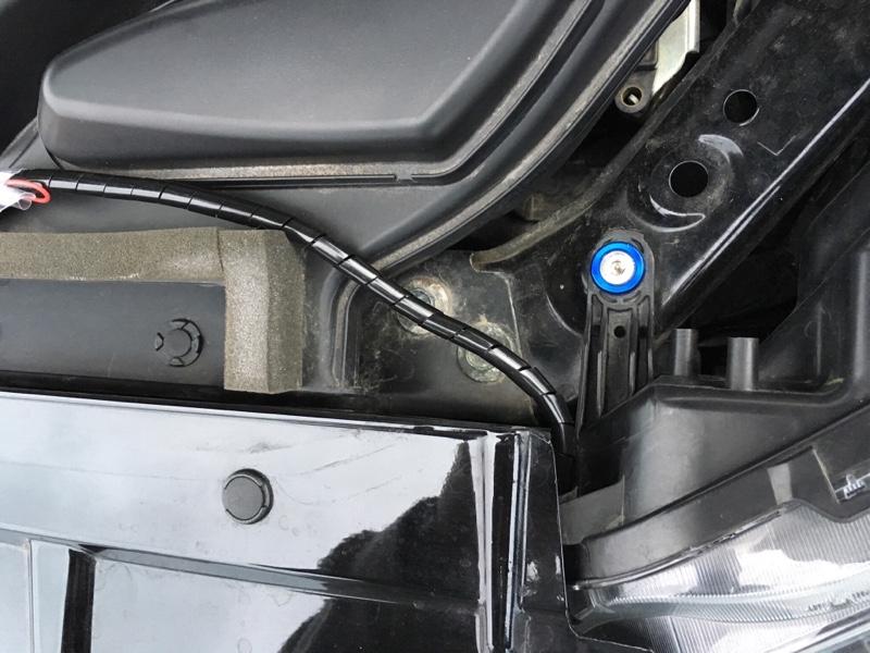 話題の流れるウインカー  シーケンシャル ウインカー付LEDテープ取付!①( ^ω^ )
