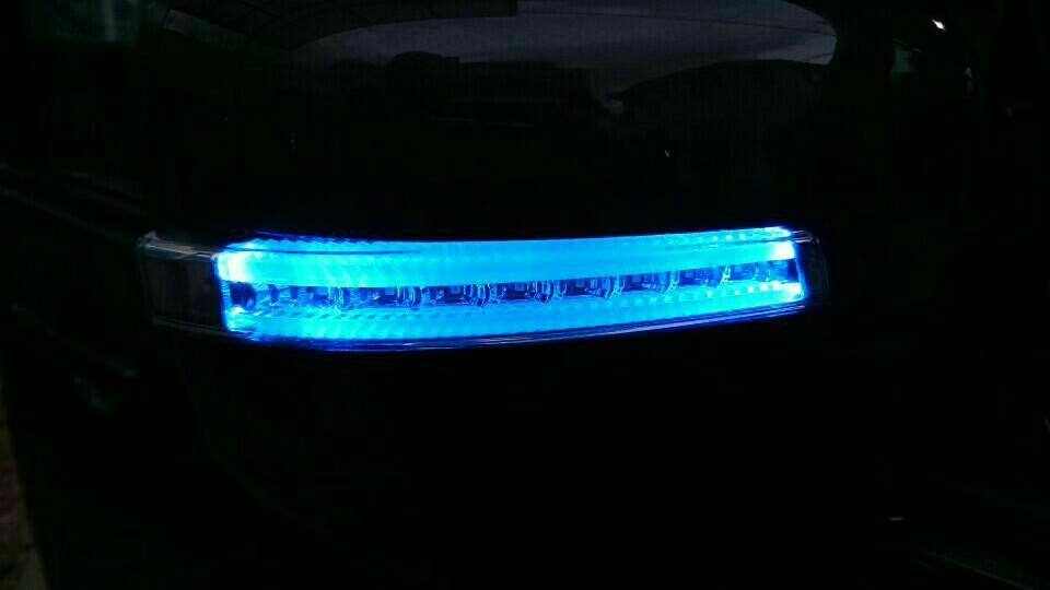 LEDドアミラーウィンカー取り付け(3)