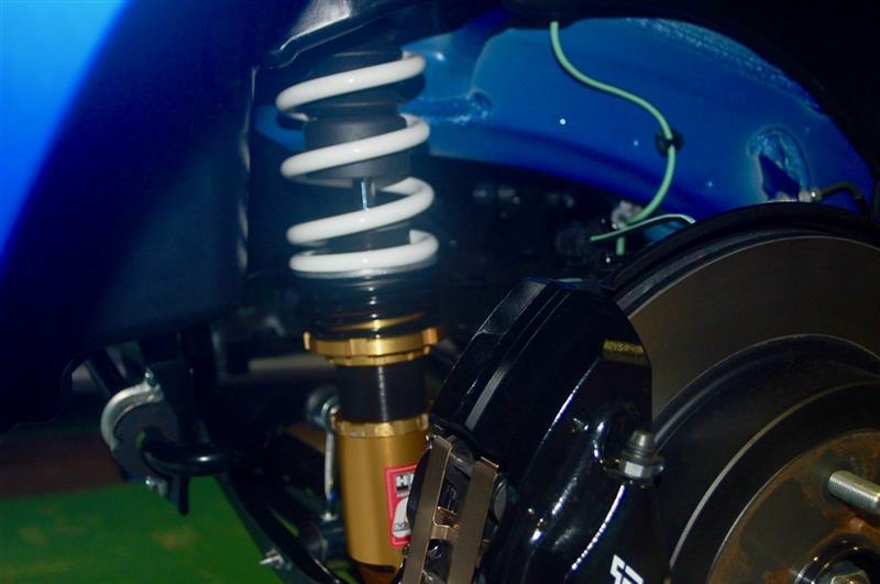 スバルWRX STI、車高調 HKS ハイパーマックスⅣ GT 装着