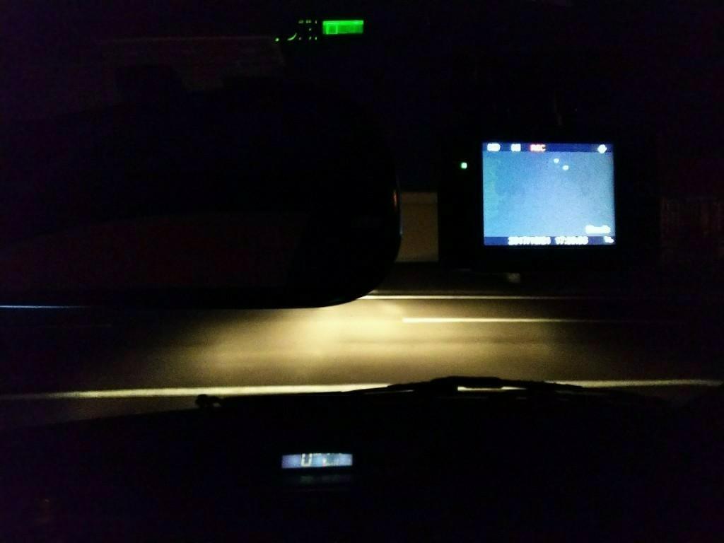 ドライブレコーダー取付。