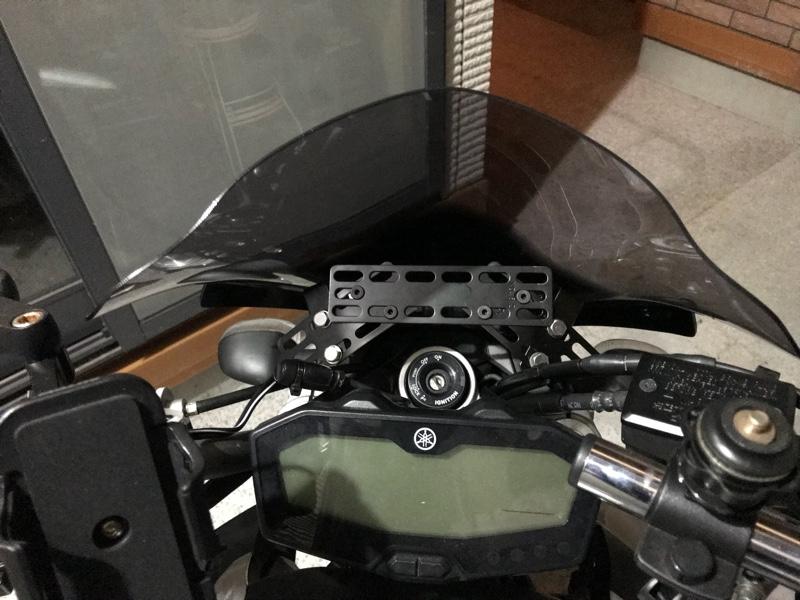 wifiバックカメラ用モニターの取付