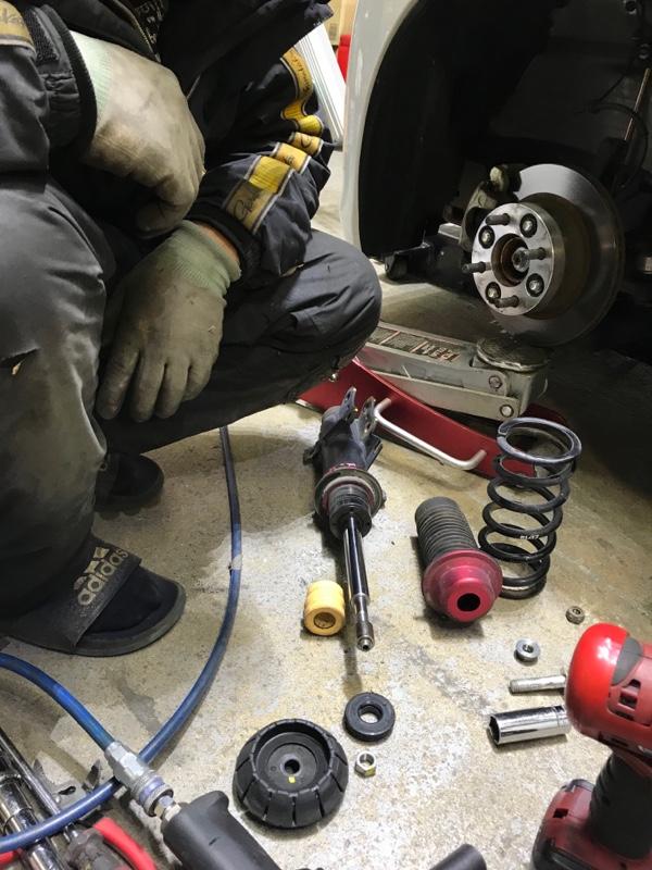 フロントスプリング交換(バネレート変更)、キャンバーボルト削り出し、アライメント調整