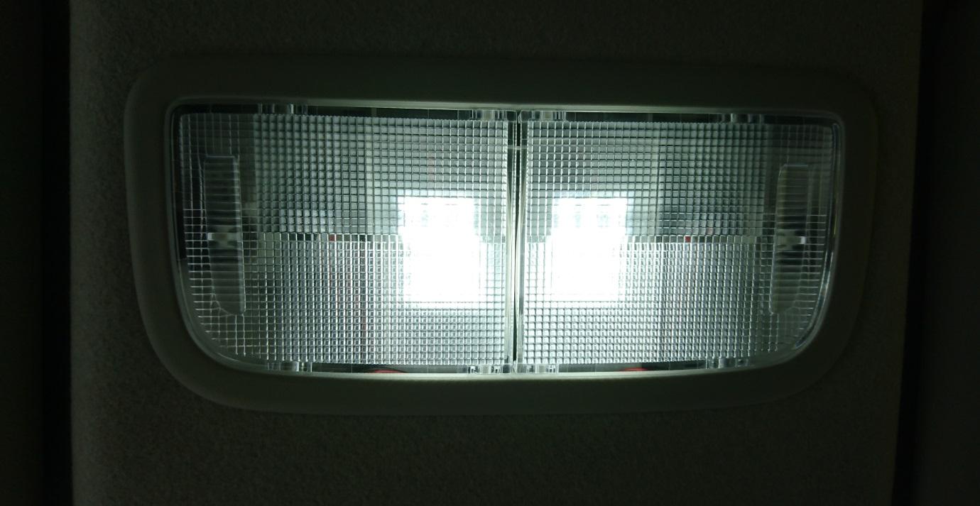 マップランプドア連動&4灯?化