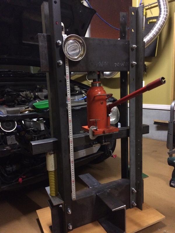 自作油圧プレス