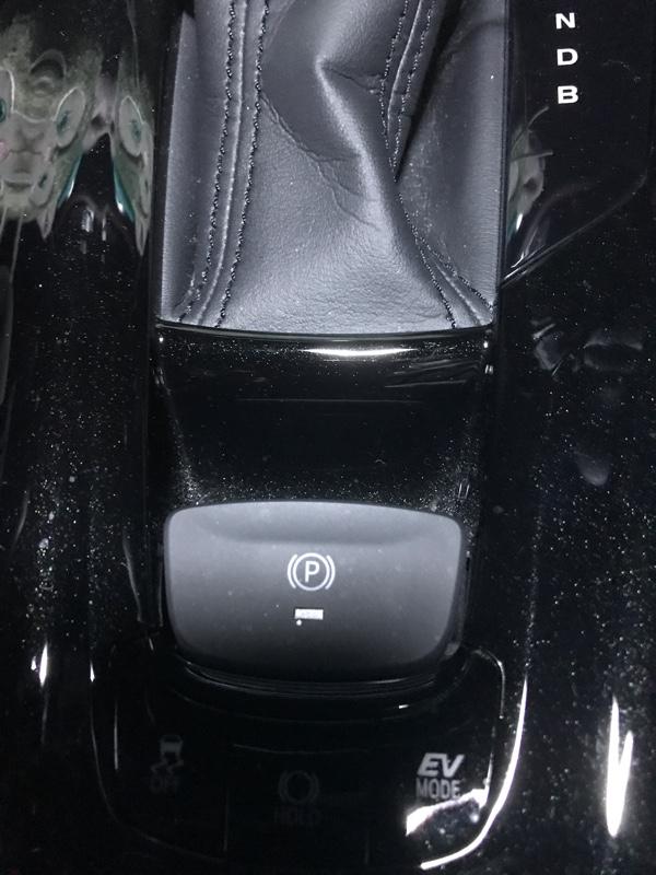 センターコンソール 自作トムス&レイズ ステッカー貼り付け