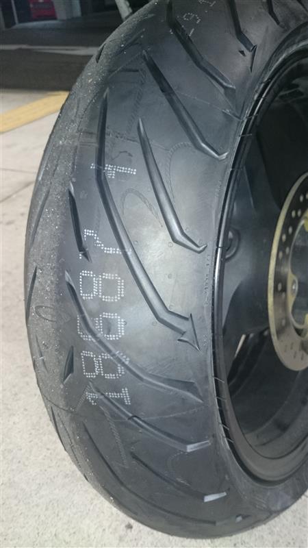 タイヤ交換 48512キロ