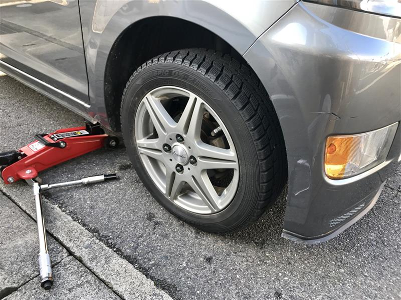 スタッドレスタイヤに交換‼︎